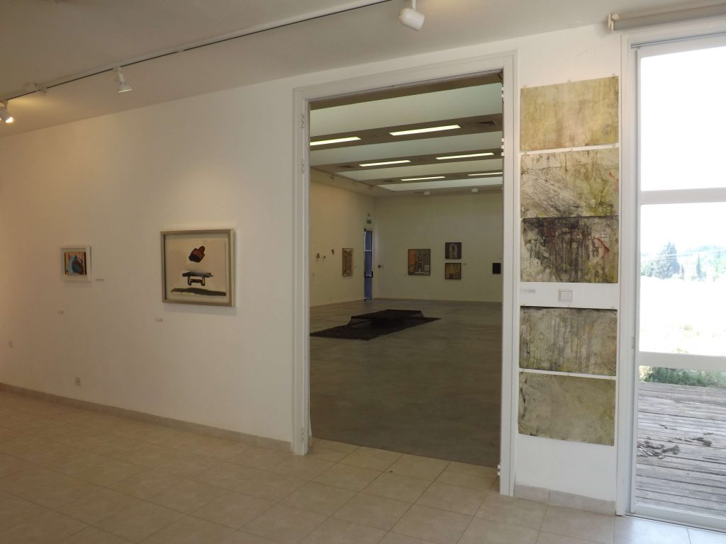 כיסויים - חלל התערוכה