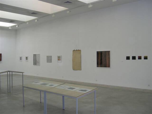 מפגש של קווים מקבילים - חלל התערוכה